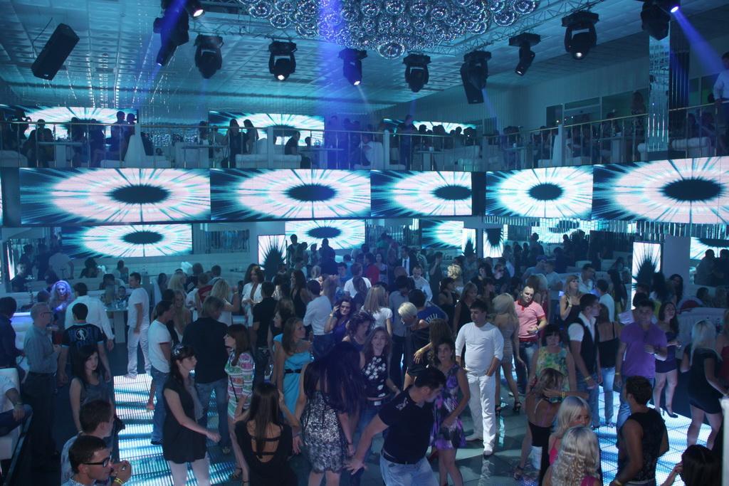 Ночной клуб ростов донецке цска регби клуб официальный сайт москва