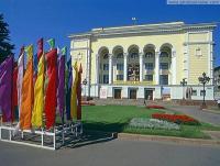 Донецкий академический театр оперы и балета им. Соловьяненко  Донецк
