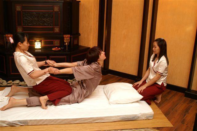 prostitutki-i-tayskiy-massazh