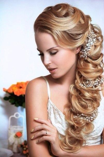 прически с искусственными волосами