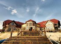 Душевный отдых в красивейшем месте с проживанием на 3 или 4 дня для двоих и многочисленными развлечениями на базе отдыха «Веселый Роджер» на Ладожском озере. Скидка до 48%