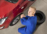 Шиномонтаж и балансировка четырех колес до R18 или R20 (включительно) в автосервисе «Питер Well» . Высокое качество работ и разумные цены! Скидка до 69%